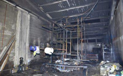 Zware brand vernielt praalwagen in Ronse